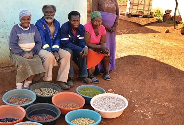 A Natale aggiungi un posto a tavaola, dona aper le Terre del cibo