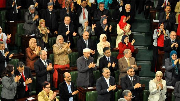 Approvata la nuova Costituzione in Tunisia