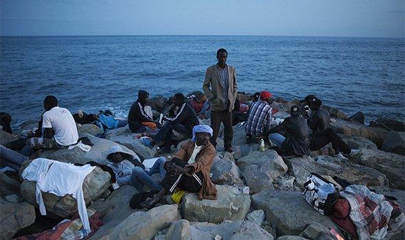 Migranti - Foto di Giulio Piscitelli